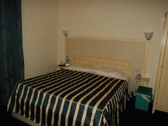 Hotel Spagna: La chambre