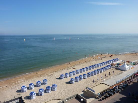 Le Grand Hotel Cabourg - MGallery Collection: Meerblick aus dem 4. Stock