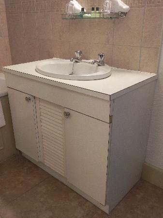 Ikea Waschtisch abgenutzter ikea waschtisch bild stonefield castle hotel