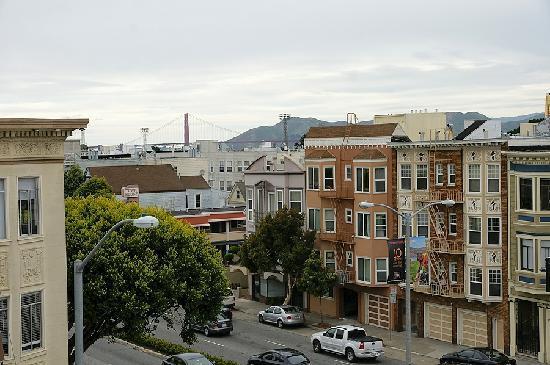 بوينا فيستا موتور إن: Blick von der Dachterrasse zur Golden Gate Bridge