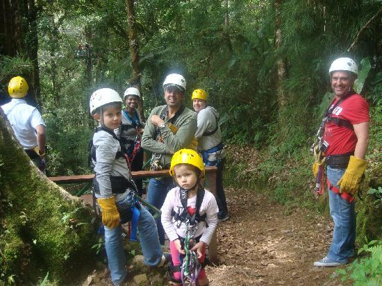 Canopy Tour at Hotel Trogon Lodge: Part of group during the tour