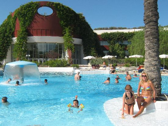 Calane Hotel Village: .