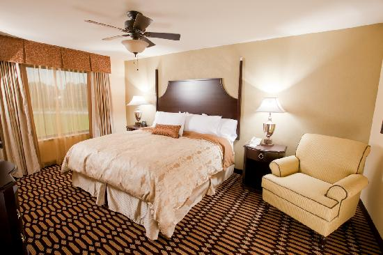 Homewood Suites by Hilton Lafayette-Airport, LA : King Bedroom