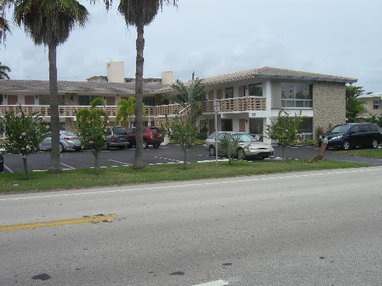 Panther Motel and Apts: petit motel de 20 unités