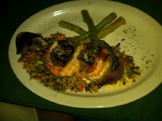 The M & M Restaurant and Bar: the shrimp/steak skewer special