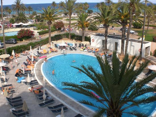Hotel Bahia del Este: Pool