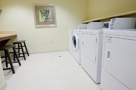 Homewood Suites by Hilton Lafayette-Airport, LA: Guest Laundry