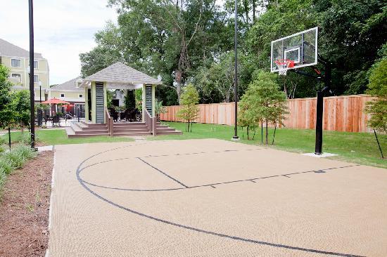 Homewood Suites by Hilton Lafayette: Sports Court