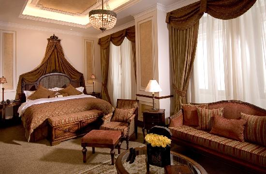 Hotel Plaza Grande: Suite Royal Front