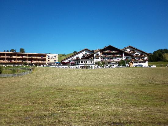 Hotel Saltria - True alpine living: dal prato