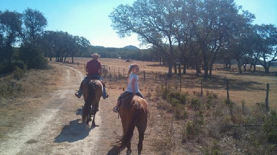 Texas Trail Riding Co.: Riding along