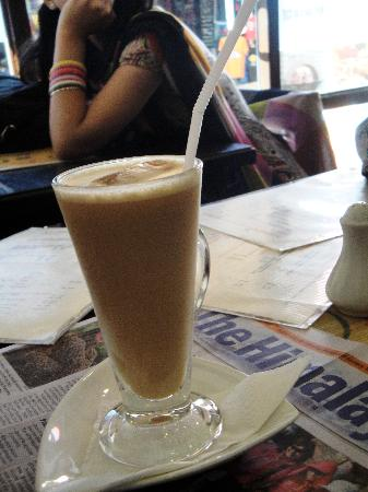 Alchemy Pizzeria and Authentic Italian Restaurant, Nepal: Iced Coffee