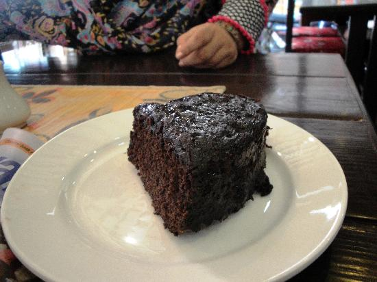 Alchemy Pizzeria and Authentic Italian Restaurant, Nepal: Chocolate Cake that simply melts in your mouth.