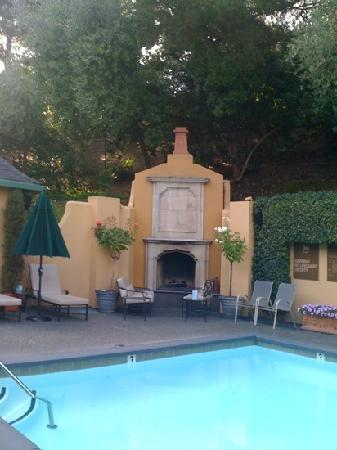 Lafayette Park Hotel & Spa: Relax poolside