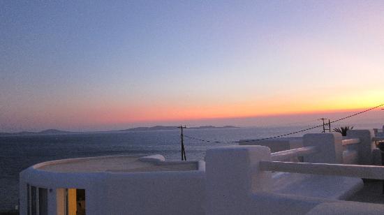 โรงแรม & สปา ร็อคคาเบลล่า ไมโคโนส อาร์ท: tramonto dalla nostra camera
