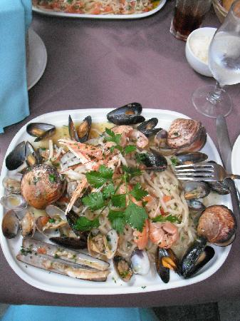 Grazie Mille: Delicious pasta with fresh seafood
