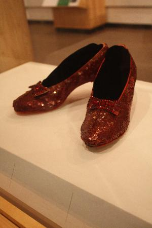 National Museum of American History: Dorothy's Ruby Red Shoes