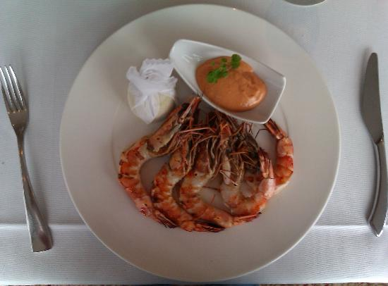 Rotterdam Marriott Hotel : Grilled Atlantic Prawns. Oh yes...