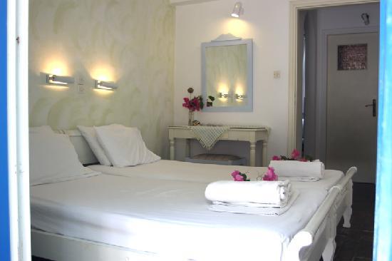 Hotel Aegean Village: bedroom