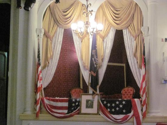 Ford's Theatre: the infamous booth