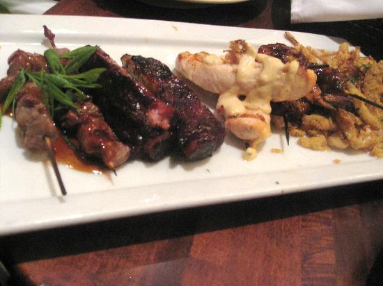 Weber Grill Restaurant: BBQ Sampler