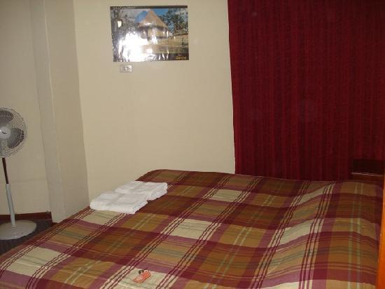 Hostal Victor - Lima Airport Hostel: Room