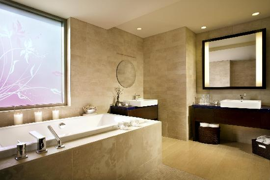 W Scottsdale: EWOW Suite WC