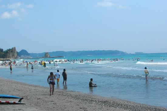 White Beach Hotel: Ohama beach