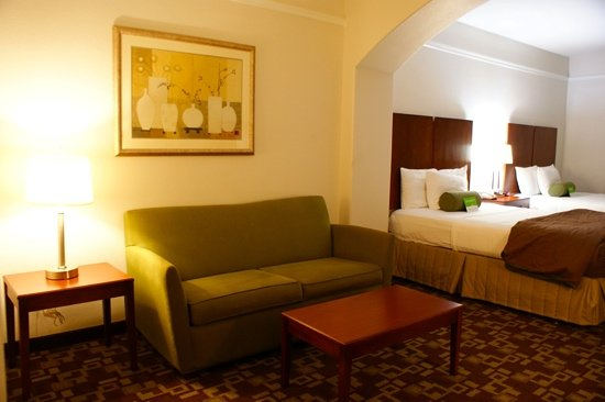 La Quinta Inn & Suites Houston Channelview: sitting area and bedroom  room 319