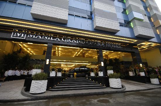 โรงแรมมะนิลา แกรนด์ โอเปอรา: Manila Grand Opera Hotel was inaugurated and was officially opened to the public.