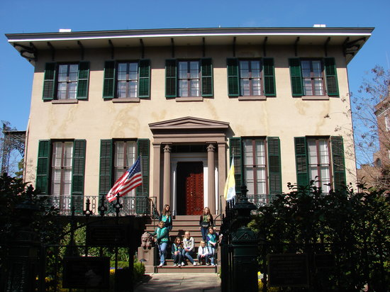 Andrew Low House : Troop 542