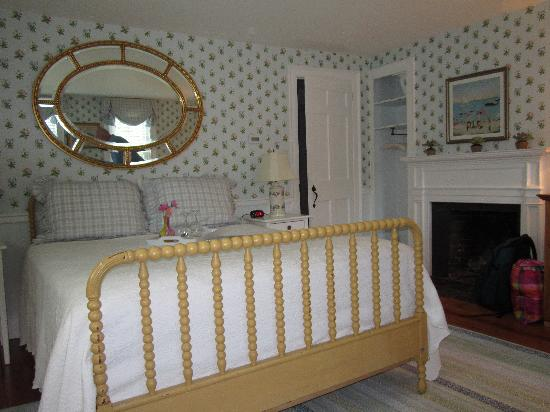 The Blushing Oyster Bed & Breakfast: Bedroom