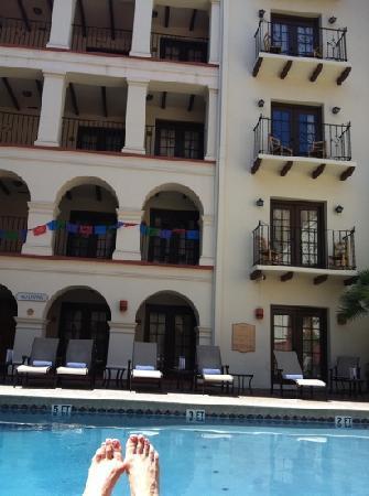 Omni La Mansion del Rio: by the pool at the Mansion del Rio