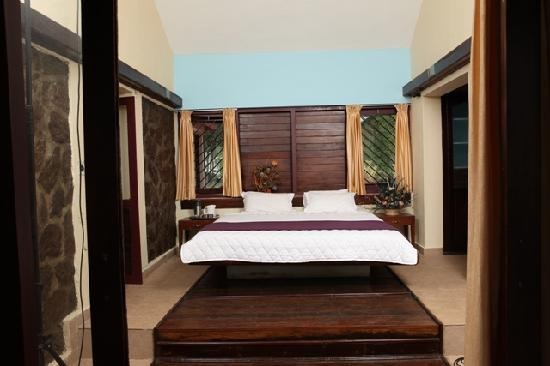 Pulimoottil Estate: Bed room 1
