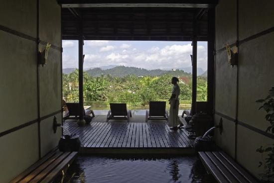 The Mekong Spa: inside view