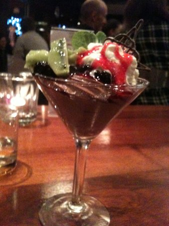 Trevinos Bar & Restaurant: Mousse was too sweet
