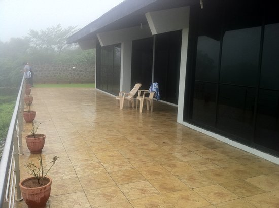 Cloud 9 Hills Resort : Lobby