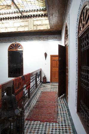 Dar Iman : Upstairs corridor