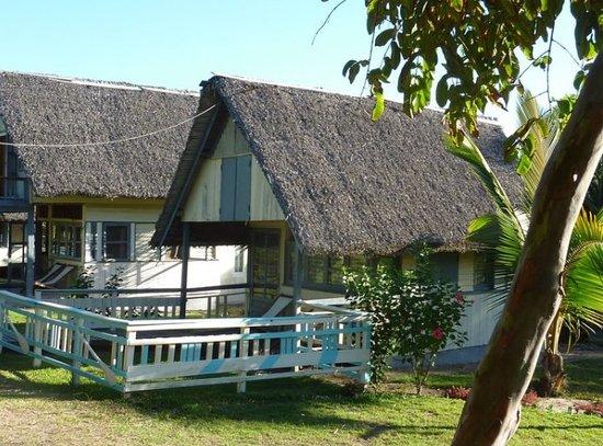 Manakara, Madagascar: Un petit bungalow non loin de l'océan