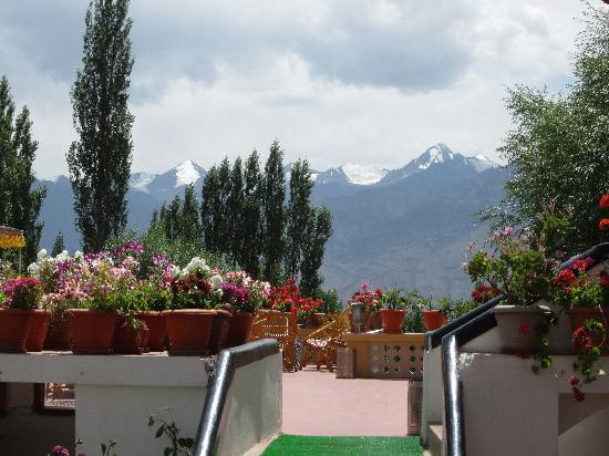 Hotel Omasila: view of the mountains