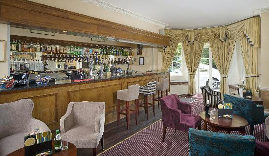 The Lansdown Grove Hotel: Coast and Country Lansdown Grove Hotel Bar Area