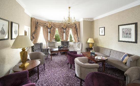 The Lansdown Grove Hotel: Coast and Country Lansdown Grove Hotel Lounge Area