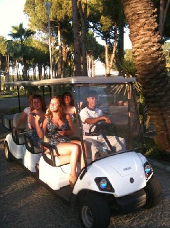SENTIDO Zeynep Resort: transport between both hotels no waiting time