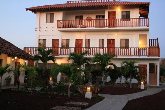 Hotel Popoyo, front view