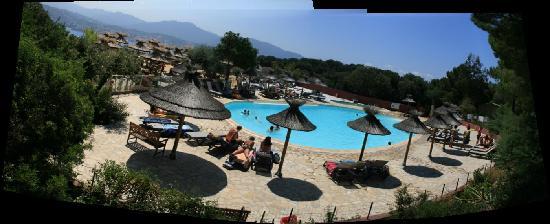 Camping Vigna Maggiore: Piscine vu du haut