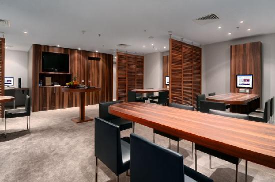 Hilton Malta: 24hr Executive Business Lounge