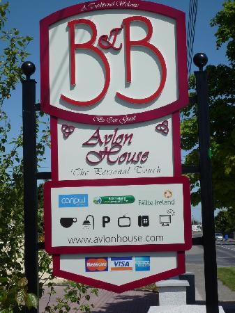 Avlon House Bed and Breakfast: Look out for our Sign your At Avlon House B&B Carlow