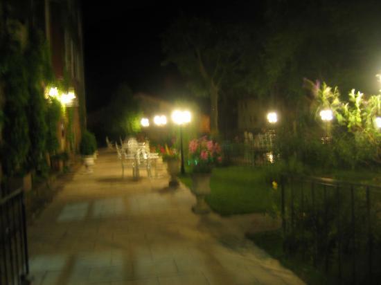Hostellerie du Grand Duc: l'entrée