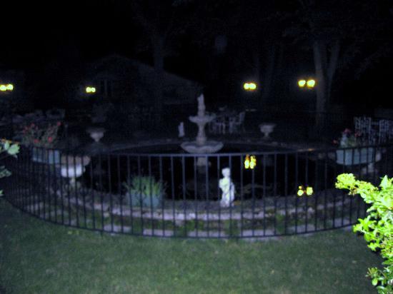 أوستيليري دو جراند دوك: la fontaine