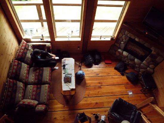 Point West Cottages : Osprey cottage living room